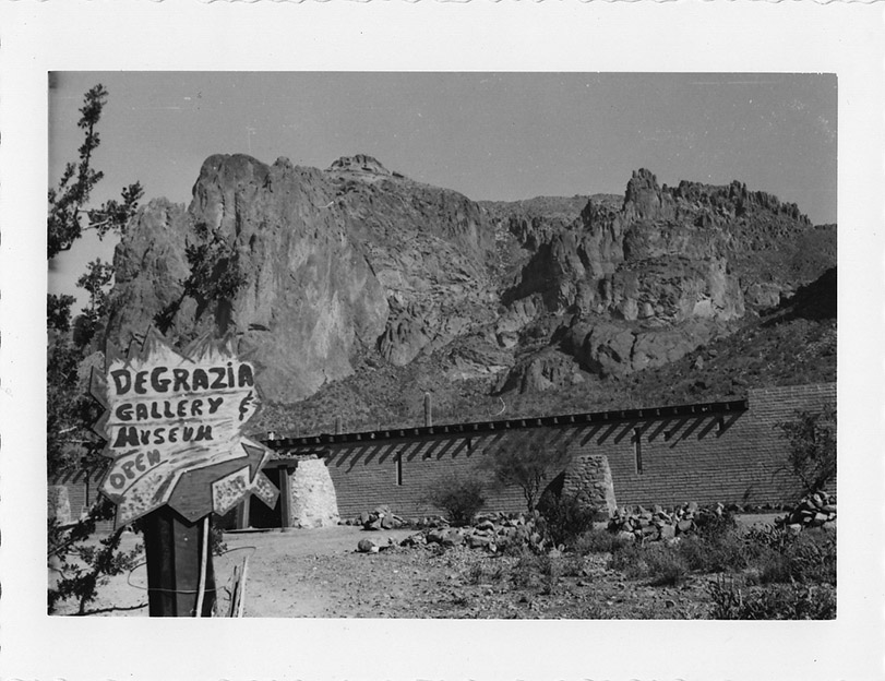 Superstition_Mtn_Gallery_(DeGrazia's_fourth_gallery)_in_Apache_Junction,_AZ_circa_1970's
