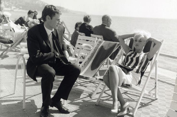 Claude Mann (Jean Fournier) et Jeanne Moreau (Jackie Demaistre)